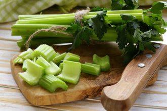 Manger Quatre Branches De Céleri Par Jour Peut Réduire L'Hypertension Et Plus Encore